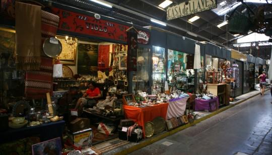 Indoor antiques market, San Telmo