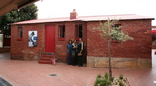 Nelson Mandela bungalow in Soweto. In the center, Dr. Joy Scott.