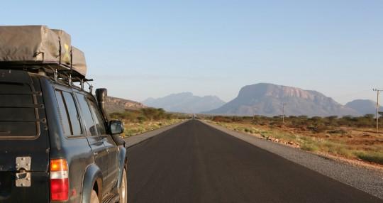 The first 100 km (60 mi) is a tar road.