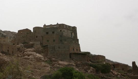 On the road between Taizz and Aden.