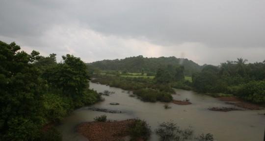 A full river as I approach Goa.