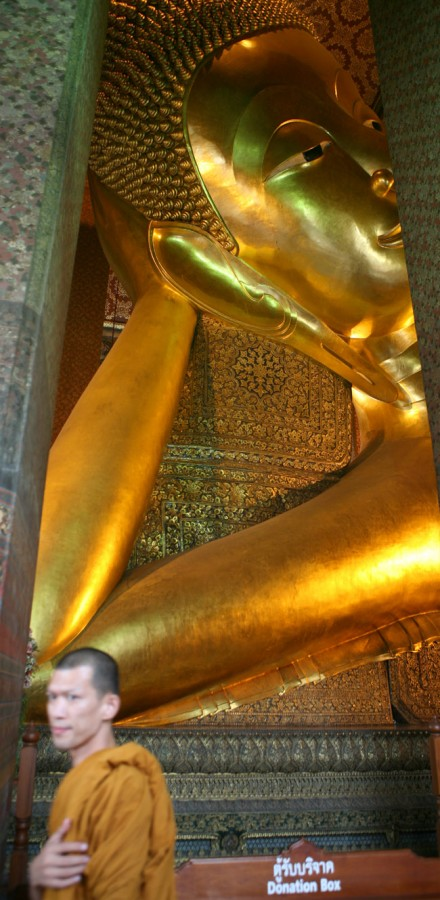 The Reclining Buddha in Wat Pho.